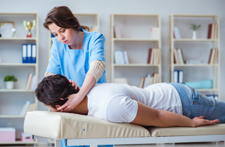 How to Become a Chiropractor